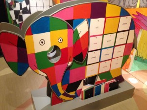Ugibanje barv z Elmerjem