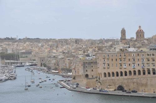 Pogled iz ladje na prečudovito Valeto, Malta