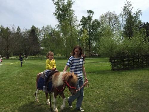 Jahanje ponija, Arboretum Volčji potok