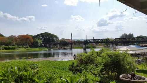 """Prehodili smo železnico """"smrti"""" in most na reki Kwai"""