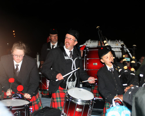 Koncert dud na ladjici iz Ione, Škotska