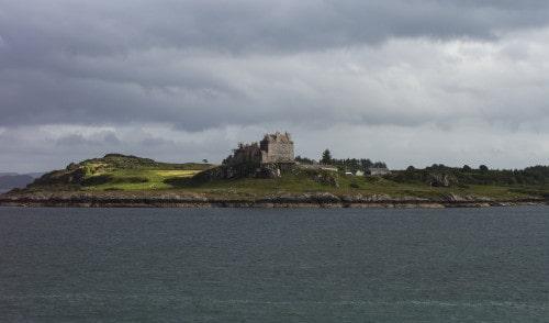Grad Duard na otoku Mull. Škotska
