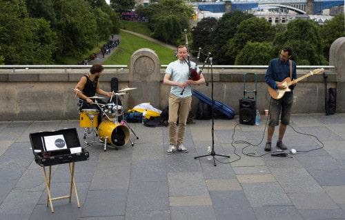 Ulični koncert v Edinburghu, Škotska