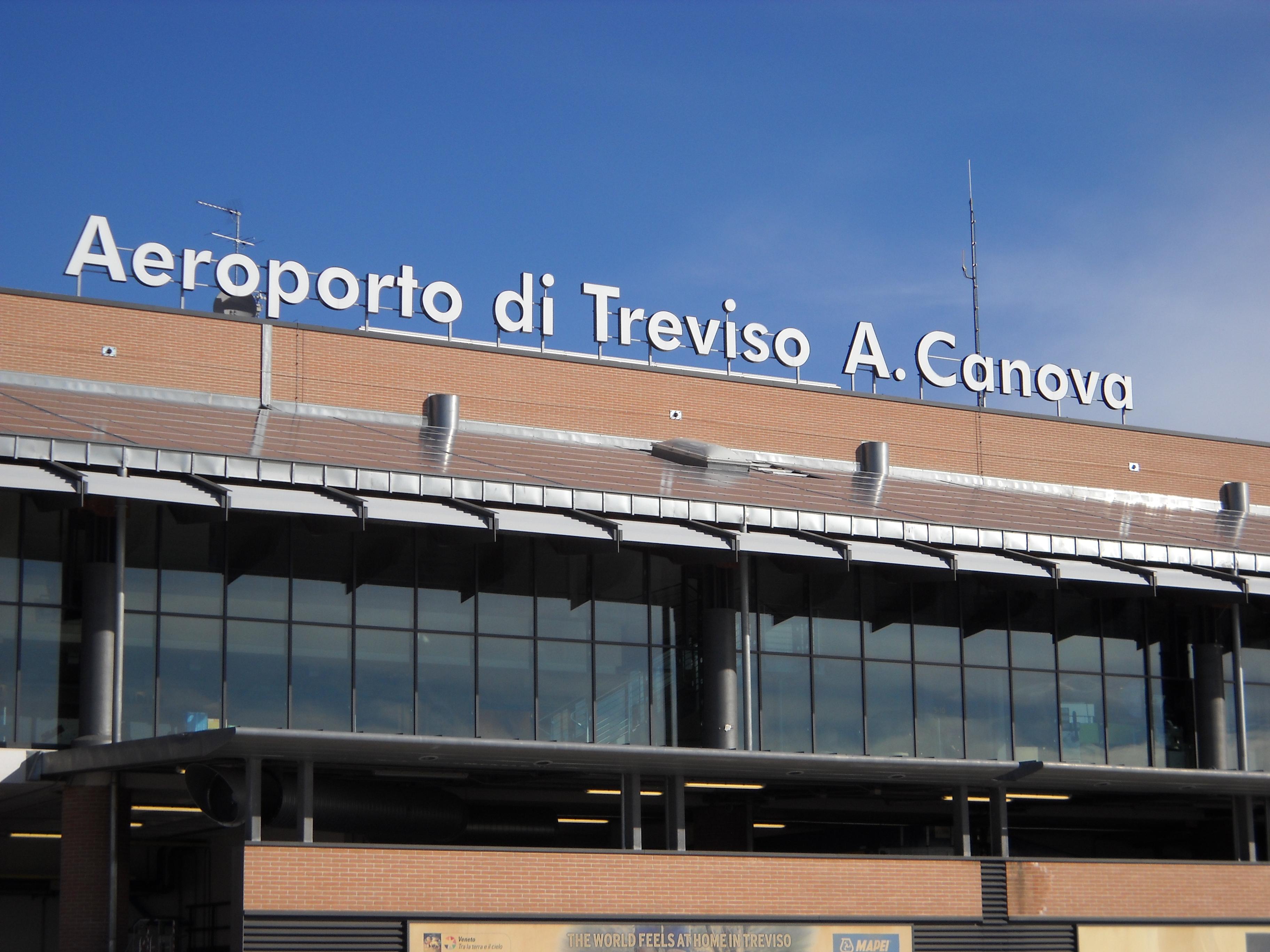treviso-airport-photo1