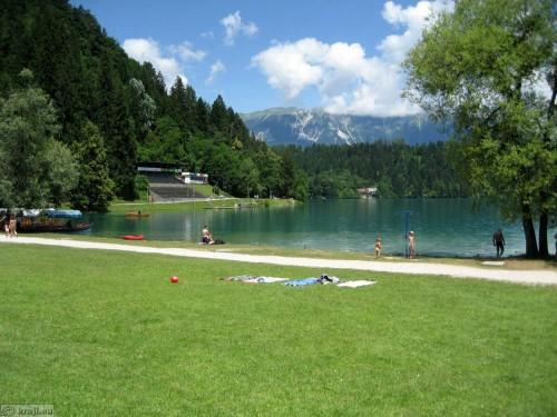 Bled ima veliko kopališč (vir: kraji.eu)