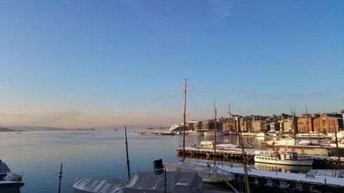 Oslo sestavljajo številna jezera in otočki