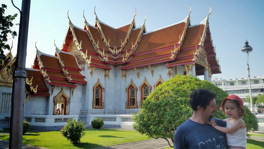 Prelep tempelj Benchamabophit – zgrajen iz italijanskega marmorja (Bangkok, Tajska)