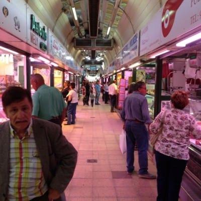 Pokrita tržnica v Zaragozi (Aragonija, Španija)