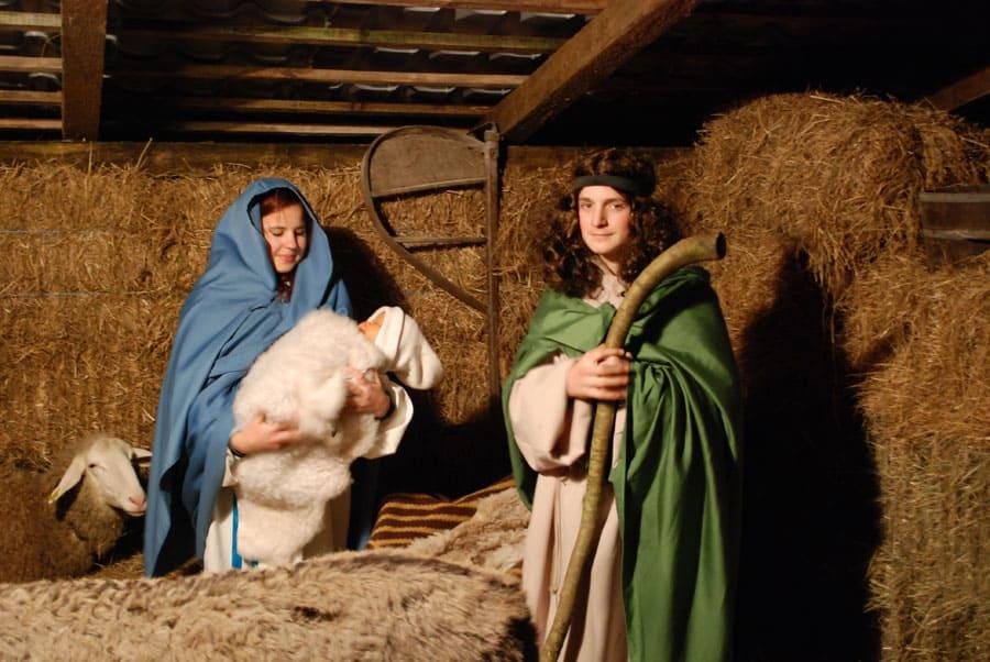 dete in stanovalka ovčka iz ZOO