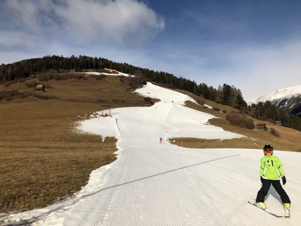 Na koncu tečaja je suvereno presmučal najdaljšo progo od vrha (2400mnv) do doline Sillian (110mnv)