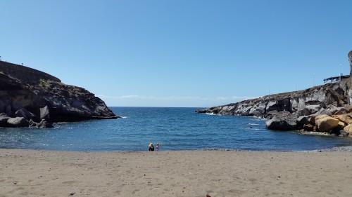 Plaža na Costa Adeje na JZ delu otoka (otok Tenerife, Kanarsko otočje, Španija)