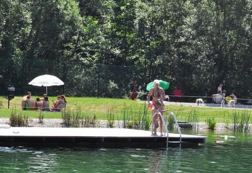 Vstop v bazen je lepo urejen, Vodni park Radlje pri Dravi
