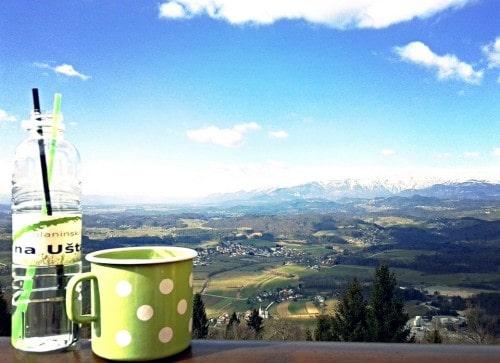 Razgled na Kamniške alpe ob lepem vremenu