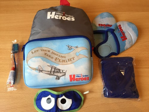 Paket izdelkov za otroke in super oporaben zložjiv rugzak za na pot (siv paket zgoraj na sliki), Turkish Airlines