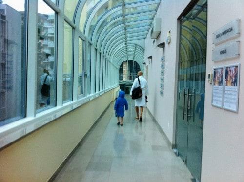 Mind hotel Slovenija je z vsemi wellness in vodnimi kompleksi povezan s hodniki (Portorož)
