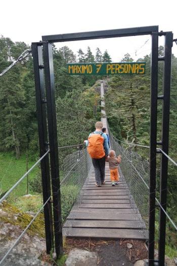 na trekingu smo prečkali tudi viseči most