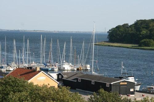 Pogled na marino z mestnega gradu v Vordingborgu, Danska
