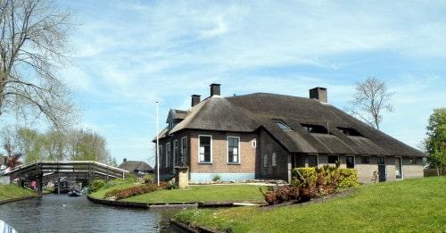 Čudovite hiške v Giethoornu, Nizozemska
