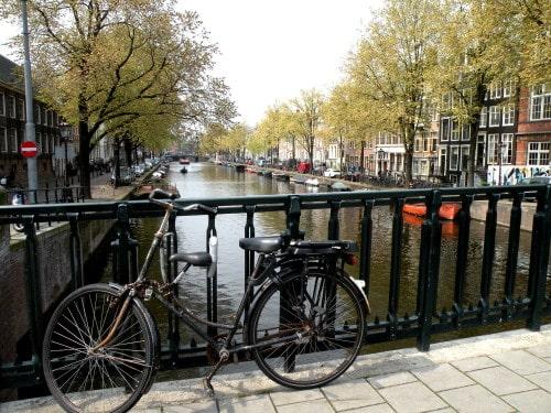 Običajni prizor ob kanalih, Nizozemska