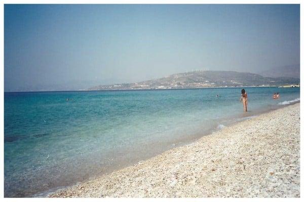 Prodnate bele plaže na otoku Samos, Grčija