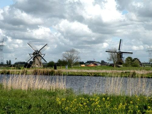 Sprehod med polji, katere krasijo mlini na veter, Nizozemska