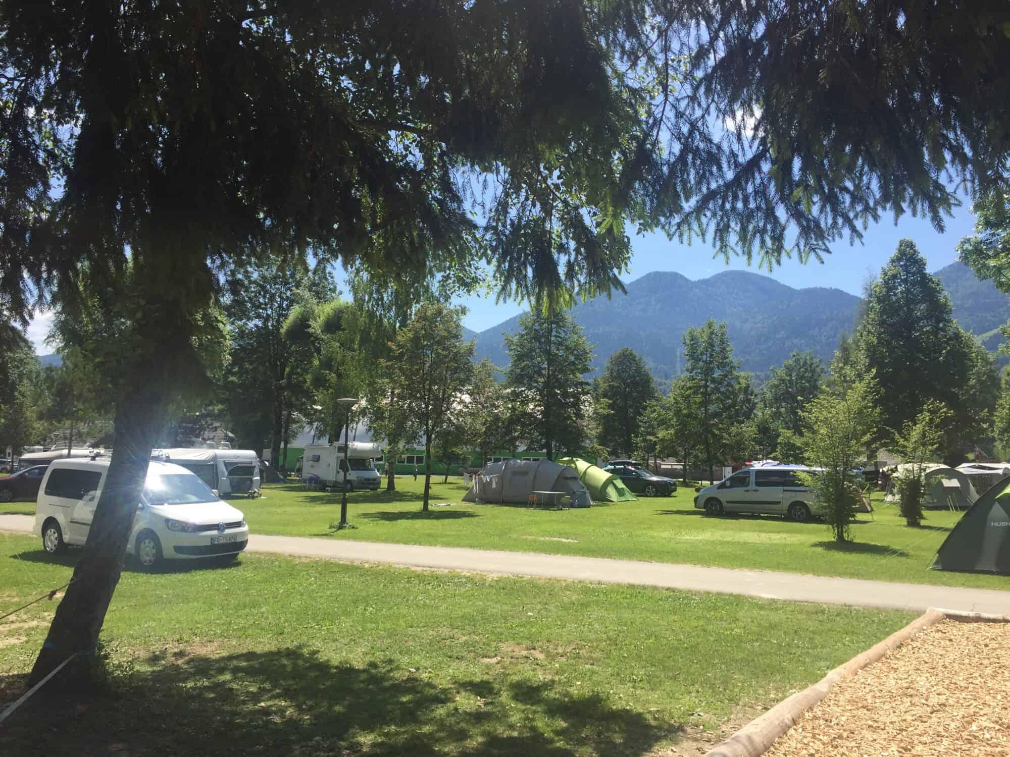 V kampu Danica je prostora za 700 ljudi (Bohinjska Bistrica)