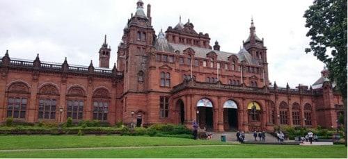 Galerija umetnosti, Škotska z otroki