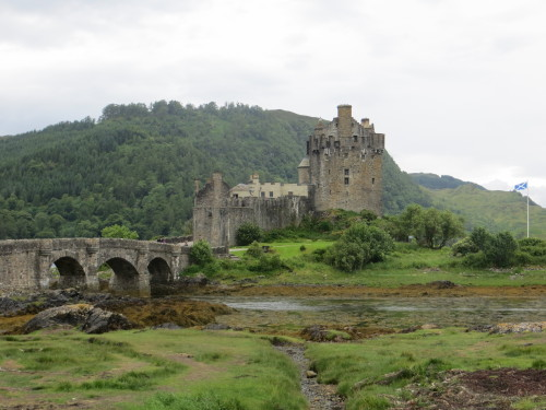 Grad Eilean Donan, Škotska z otroki