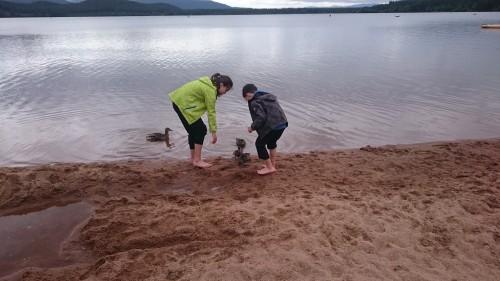 Loch Morlich, Škotska z otroki