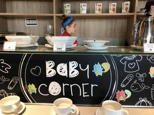 Ponudba kosmičev in ostale otroške hrane za zajtrk (hotel Amarin, Rovinj)