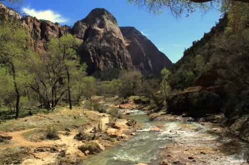 Ob reki xxx po parku Zion (družinsko po narodnih parkih ZDA)