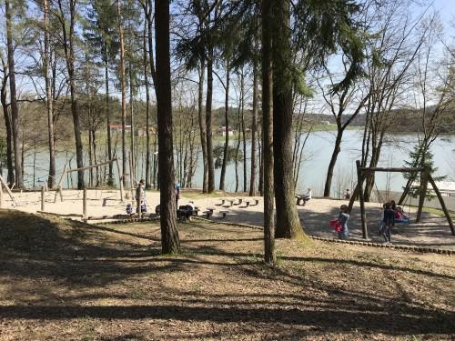 Otroško igrišče ob Šmartinskem jezeru pri Celju