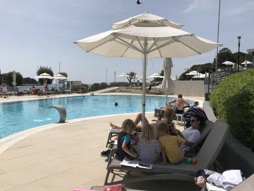 Idiličen trenutek miru na vikend oddihu v Island hotelu Istra, Kompasov družinski klub)