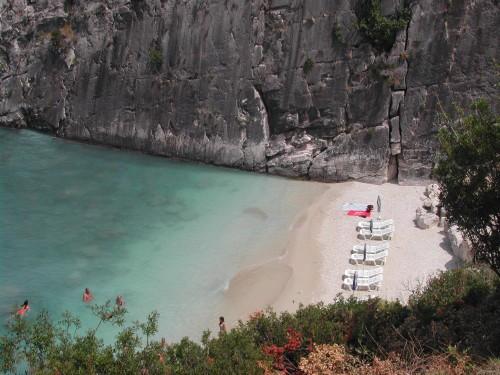 Plaža Xigia z žveplenimi izviri (Zakintos, Grčija)