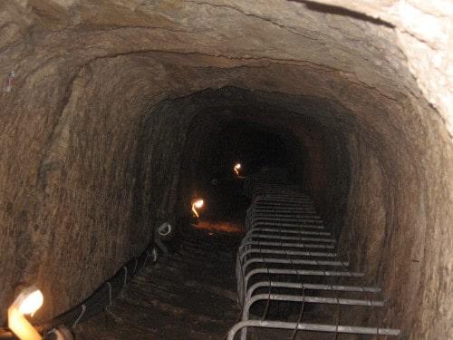 Notranjost tunela, otok Samos