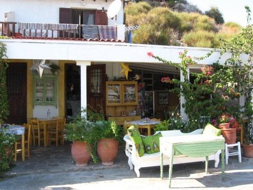 Tavernica v mestu Kokkari, otok Samos