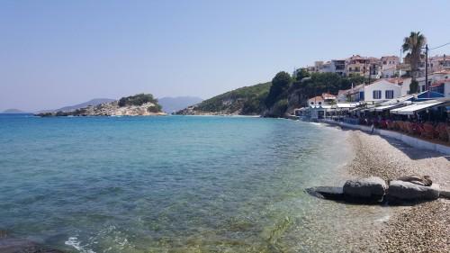 Plažica ob mestu Kokkari, otok Samos