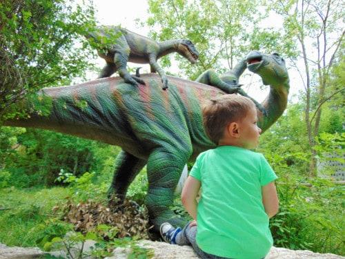 Med dinozavri v Dinoparku