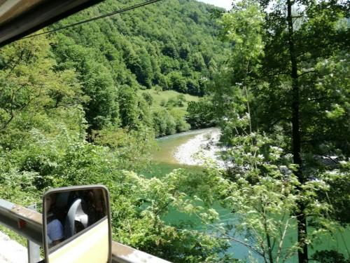 Razgled iz Balkan camperja na reko Idrijco