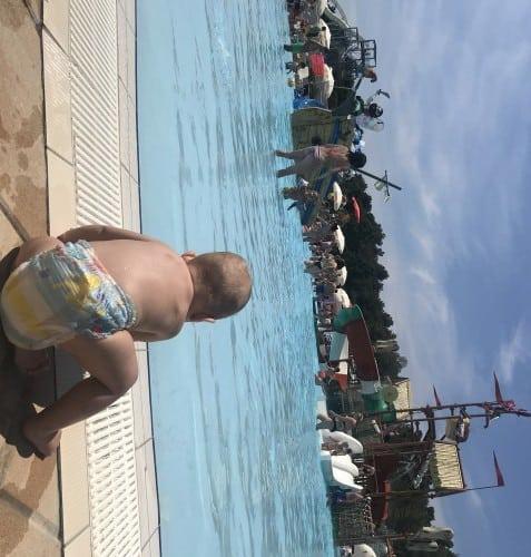 Otroški bazen je na enem delu dovolj nizek tudi za dojenčke (Istralandia)