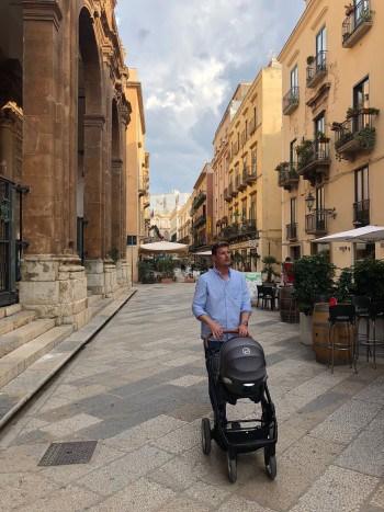 Sprehod po mestu Trapani (Sicilija z dojenčkom)