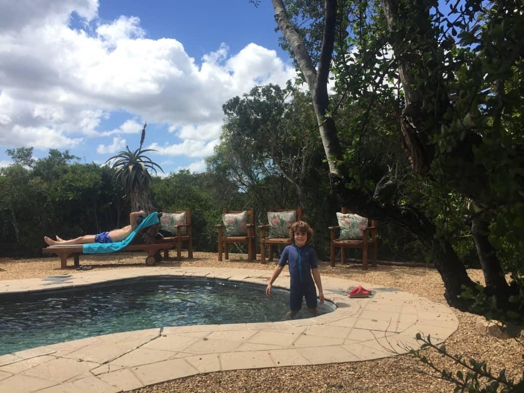 Med organizirami vožnjami je čas za skk v bazen, Woodbury Tented Camp