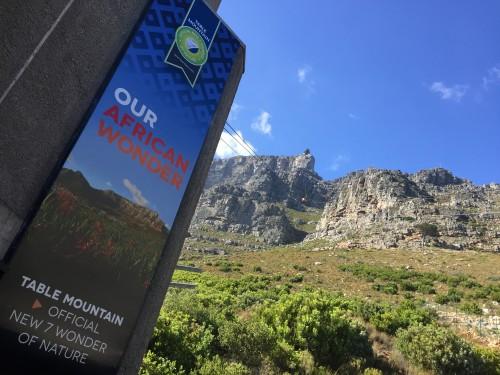 Na vrh Table Mountain priporočamo z gondolo, Cape Town