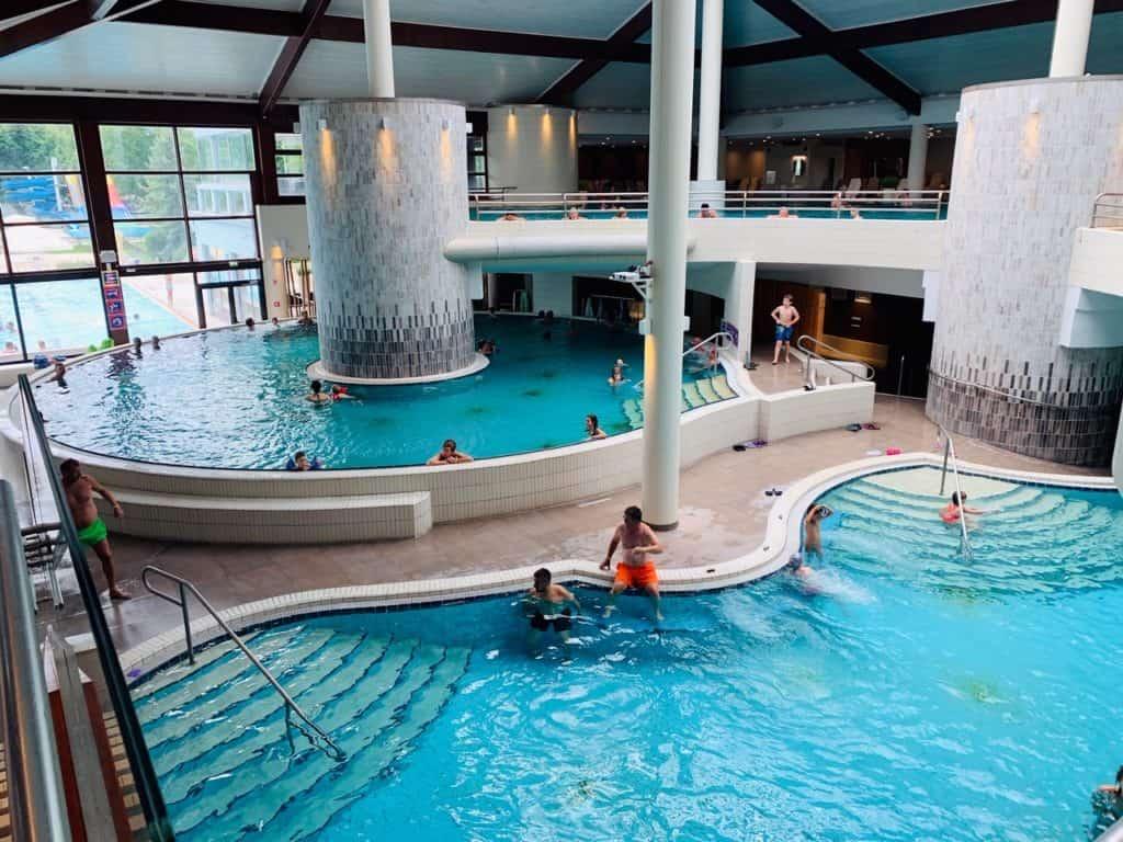 Notranji kompleks bazenov v Termah 3000 – Moravske toplica